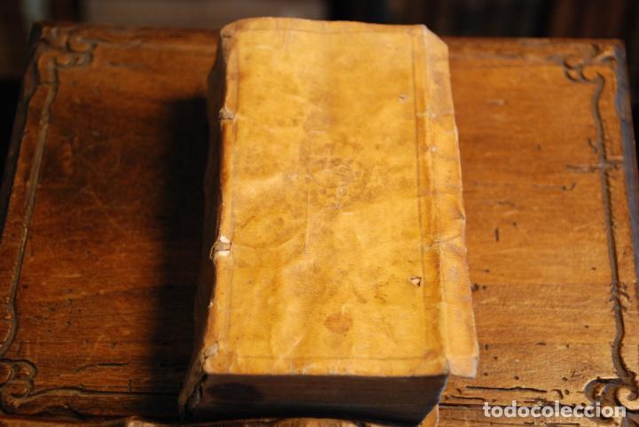 ORLANDO FURIOSO - M. LUDOVICO ARIOSTO - IN LYONE - APRESSO GUGLIEL - 1570 - PERGAMINO - GRABADOS - (Libros antiguos (hasta 1936), raros y curiosos - Literatura - Narrativa - Clásicos)