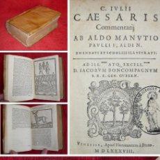 Libros antiguos: AÑO 1588 - JULIO CÉSAR - COMENTARIOS DE LA GUERRA DE LAS GALIAS - GRABADOS - MAPAS - IMPECABLE. Lote 154875138