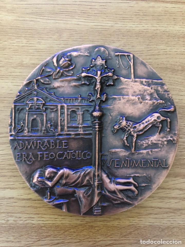 Libros antiguos: Medalla cobre de Valle Inclán acuñada por la FNMT. 8,4 diámetro - Foto 2 - 177051610