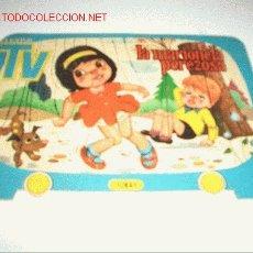 Libros antiguos: CUENTOS TELEVISION TROQUELADO. Lote 24683787