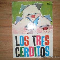 Libros antiguos: CUENTO LOS TRES CERDITOS EDITORIAL MOLINO. Lote 31081677