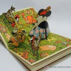Libros antiguos: 'MINI Y EL PATO MOBY' - CUENTO TROQUELADO CON 3 ILUSTRACIONES SORPRESA - POR WALT DISNEY - ED. MOLIN. Lote 37933364