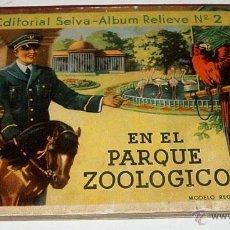 Libros antiguos: ANTIGUO CUENTO SORPRESA - EN EL PARQUE ZOOLOGICO - BARCELONA : ED. SELVA. ALBUM RELIEVE Nº 2. 15,5 X. Lote 38245922
