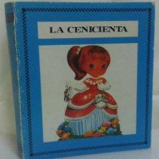 Libros antiguos: LA CENICIENTA - COLECCIÓN BIBLIOTECA SALDAÑA - CUENTO CLÁSICO INFANTIL - AÑO 1985. Lote 50904478