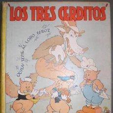 Libros antiguos: LOS TRES CERDITOS. CUENTO E ILUSTRACIONES POR WALT DISNEY. 1935. Lote 116926884