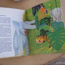 Libros antiguos: BANCROFT & CD. LOTE DE CUENTOS MOVIBLES AÑOS 60. Lote 57659107