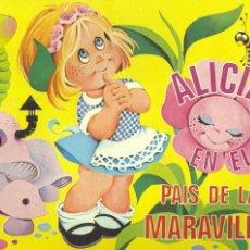 Libros antiguos: ALICIA EN EL PAÍS DE LAS MARAVILLAS. LIBRO POP UP. TRES ESCENAS INTERIORES DIBUJADAS POR MAGDA . Lote 58157699