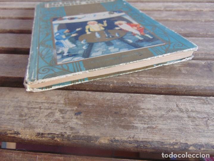 Libros antiguos: CUENTO LOS TRES ENANOS DE DISTINTOS COLORES DE SATURNINO CALLEJA TOMO Nº 10 - Foto 4 - 108705119