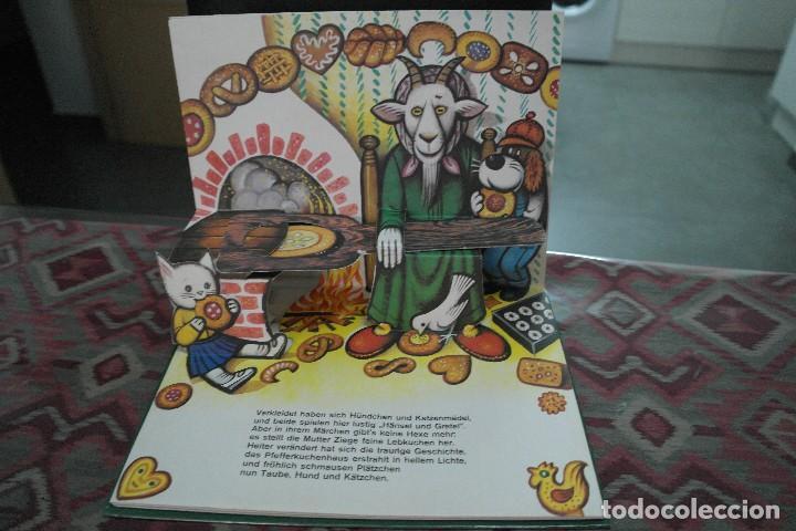 Libros antiguos: Cuentos de animales 1979, pop up, libro de Kubasta en alemán - Foto 4 - 110105351