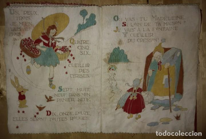Libros antiguos: Libro impreso en tela del ilustrador infantil Félix Lorioux Une poule sur un mur dessins F. Lorioux - Foto 4 - 116803079