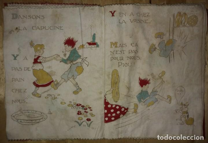 Libros antiguos: Libro impreso en tela del ilustrador infantil Félix Lorioux Une poule sur un mur dessins F. Lorioux - Foto 5 - 116803079