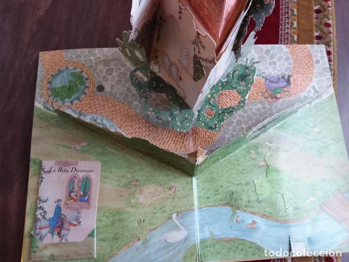 Libros antiguos: MI FANTASTICO LIBRO DE CUENTOS TRIDIMENSIONAL 1992+ Atlas visual de transparencias. Ed.Susaeta - Foto 5 - 117747799