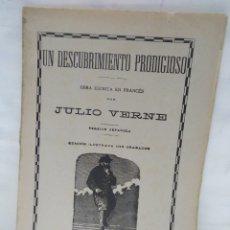 Libros antiguos: UN DESCUBRIMIENTO PRODIGIOSO. OBRA ESCRITA EN FRANCÉS. JULIO VERNE. Lote 120956180