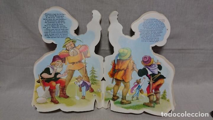 Libros antiguos: CUENTO TROQUELADO EL SASTRECILLO VALIENTE - HNOS GRIMM - FERRANDIZ - AÑO 1988 - Foto 3 - 145158318