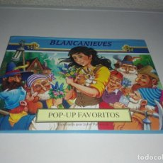 Libros antiguos: CUENTO BLANCANIEVES POP - UP FAVORITOS ILUSTRADO POR JOHN PATIENCE. Lote 146277074