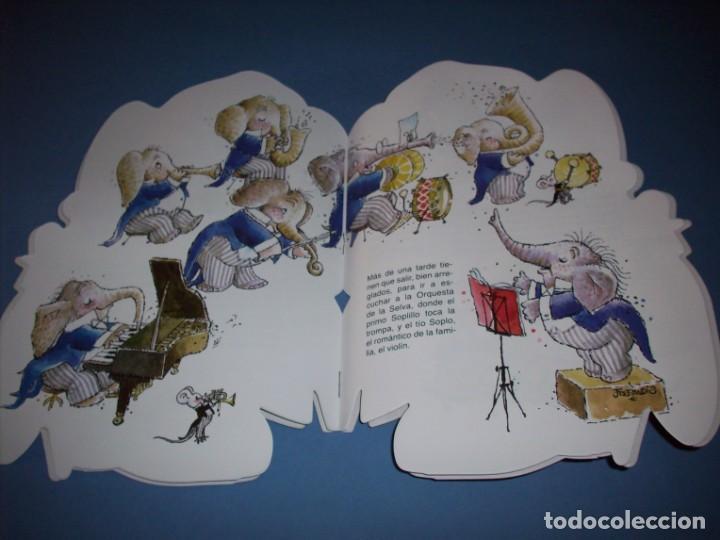 Libros antiguos: paqui el elefante cuento troquelado de ferrandiz con juguete - Foto 2 - 149222242