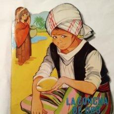 Libros antiguos: CUENTO TROQUELADO LA CONCHA DE ORO. EDICIONES TORAY, S.A. MARIA PASCUAL. Lote 160188430