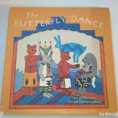 Libros antiguos: THE BUTTERFLY DANCE - BONITO CUENTO INFANTIL DE LOS INDIOS NORTEAMERICANOS, PUEBLO HOPI (ARIZONA). Lote 175617934