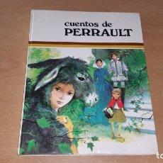 Libros antiguos: CUENTOS DE PERRAULT IL. PAUL DURAND ED. SUSAETA 1975. Lote 180093726
