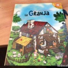 Libros antiguos: VIVE UNA AVENTURA LA GRANJA. LIBROS PARA JUGAR 3D COMPLETO CON FIGURAS (LB41) . Lote 193431540