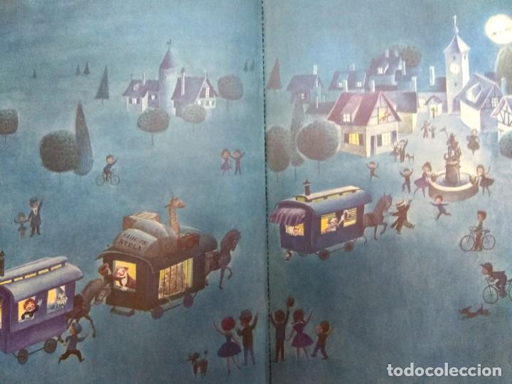 Libros antiguos: CUENTO TROQUELADO PASEN SEÑORES PASEN VERAN EL MARAVILLOSO CIRCO TEXTO /DIBUJOS JUAN FERRANDIZ 1976 - Foto 2 - 194181415