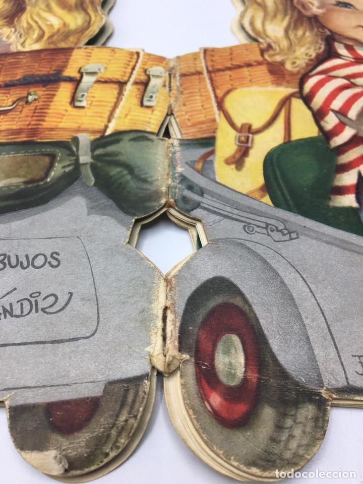 Libros antiguos: Mari Pili en Biscuter , texto y dibujos Ferrándiz , Editorial Vilcar 1º edición - Foto 4 - 195296980