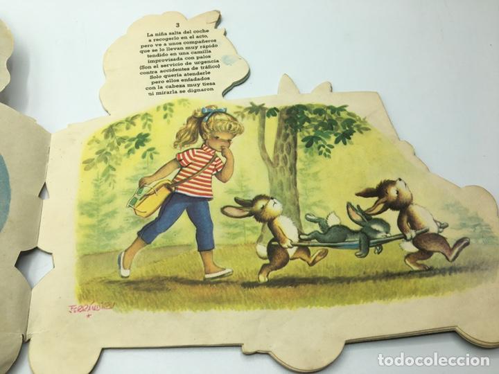 Libros antiguos: Mari Pili en Biscuter , texto y dibujos Ferrándiz , Editorial Vilcar 1º edición - Foto 8 - 195296980