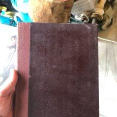 Libros antiguos: LIBRO INFANTIL JULIO VERNE, CINCO SEMANAS EN GLOBO Y EL ULTIMO DE LOS PAWINIES. Lote 198522157