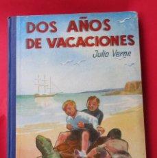 Libros antiguos: DOSAÑOS DE VACACIONES. ULIO VERNE. ED. SÁENZ DE JUBERA.CIRCA 1930.CARTONÉ ILUSTRACIONES.170 PÁGINAS.. Lote 222416228