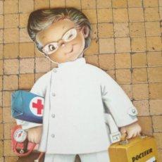 Libros antiguos: RARO CUENTO TROQUELADO DOCTEUR GUERITOU. FERRANDIZ. EDITORIAL EDIGRAF 1979 - EN FRANCÉS. Lote 244763205