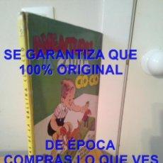 Libros antiguos: COMPLETO RAMPA Y FIGURAS TROQUELADAS AVENTURAS DE LA GALLINA CLO CLO 1947 MOLINO U68. Lote 296708838