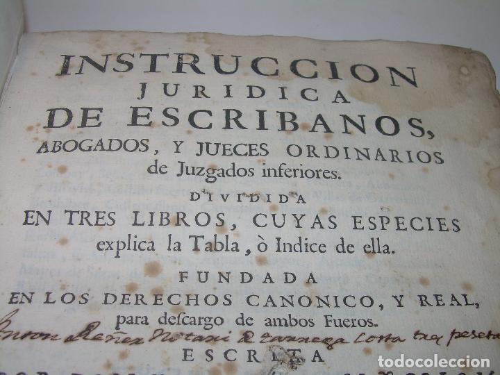 Libros antiguos: LIBRO TAPAS DE PERGAMINO..INSTRUCCION JURDICA DE ESCRIBANOS,ABOGADOS Y JUECES....AÑO 1760 - Foto 4 - 96411707