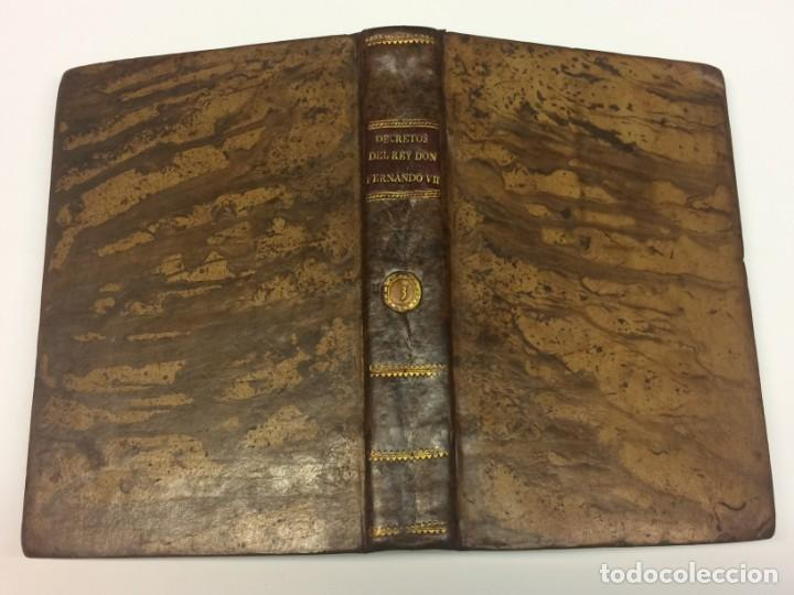 Libros antiguos: AÑO 1817 - MARTÍN DE BALMASEDA. Decretos del Rey Don Fernando VII. Año tercero de su restitución - Foto 2 - 139401370