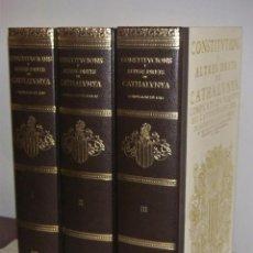 Libros antiguos: FACSIMIL CONSTITUCIONS I ALTRES DRETS DE CATALUNYA ED.BASE COMPILACIONS DE 1495, 1588-1589 I 1704. Lote 195422553