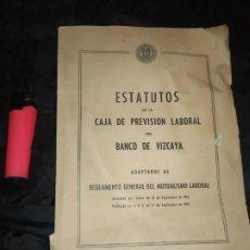 Libros antiguos: ESTATUTOS DE LA CAJA DE PREVISIÓN LABORAL DEL BANCO DE VIZCAYA 1954 ÚNICO?. Lote 196301131