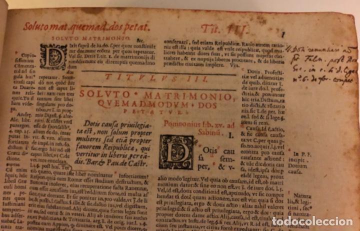 Libros antiguos: AÑO 1581 - DIGESTO DE JUSTINIANO A DOS TINTAS - PANDECTARUM SEU DIGESTUM IURIS CIVILIS - GRAN TAMAÑO - Foto 7 - 218751242