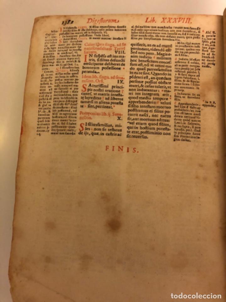 Libros antiguos: AÑO 1581 - DIGESTO DE JUSTINIANO A DOS TINTAS - PANDECTARUM SEU DIGESTUM IURIS CIVILIS - GRAN TAMAÑO - Foto 31 - 218751242