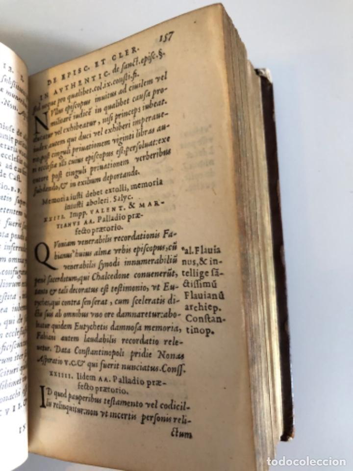 Libros antiguos: AÑO 1581 - CODIGO DE JUSTINIANO - Codex repetitae praelectionis - Corpus iuris civilis - Foto 13 - 218753481