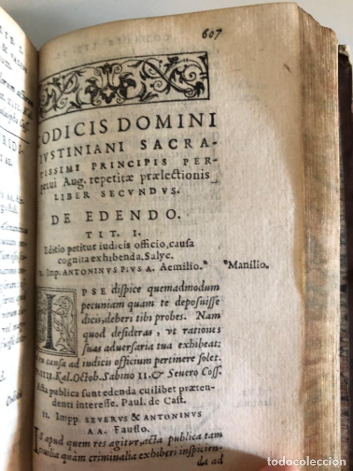 Libros antiguos: AÑO 1581 - CODIGO DE JUSTINIANO - Codex repetitae praelectionis - Corpus iuris civilis - Foto 20 - 218753481