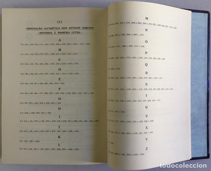 Libros antiguos: MARCAS DE CONTRASTES E OURIVES PORTUGUESES DESDE O SÉCULO XV A 1950. - GONÇALVES VIDAL, Manuel. - Foto 6 - 123196152