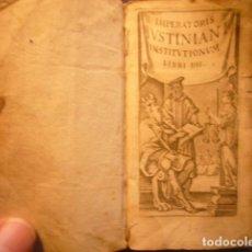 Libri antichi: IMPERATORIS IUSTINIANI INSTITUTIONUM. LIBRI 4. (VENETIIS, APUD GUERILIOS, 1654). Lote 235653045