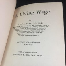 Libros antiguos: A LIVING WAGE. JOHN AUGUSTINE RYAN. MACMILLAN NEW YORK 1920 EN INGLÉS.. Lote 251348520