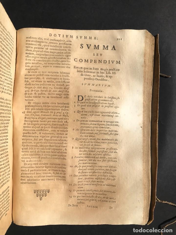 Libros antiguos: 1670 - THEATRUM VERITATIS - DE DOTE, LUCRIS, DOTALIBUS - DERECHO - PERGAMINO - FOLIO - Foto 31 - 259747545