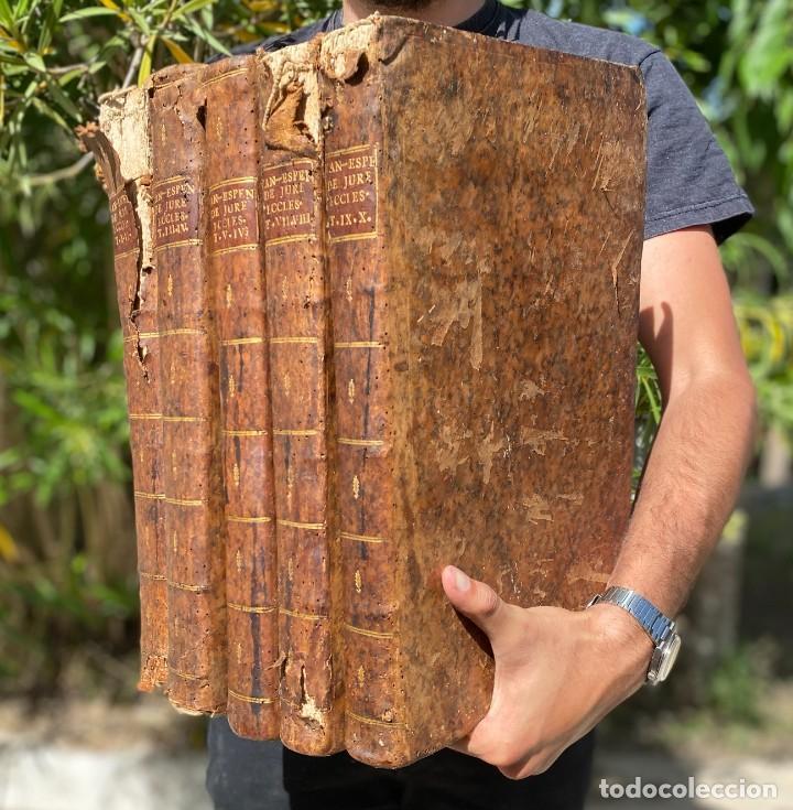1769 - JUS ECCLESIASTICUM UNIVERSUM - DERECHO CANÓNICO - 5 VOLUMINOSOS LIBROS EN PIEL (Libros Antiguos, Raros y Curiosos - Ciencias, Manuales y Oficios - Derecho, Economía y Comercio)