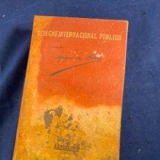Libros antiguos: DERECHO INTERNACIONAL PÚBLICO POR EL MARQUÉS DE OLIVART. Lote 267545949