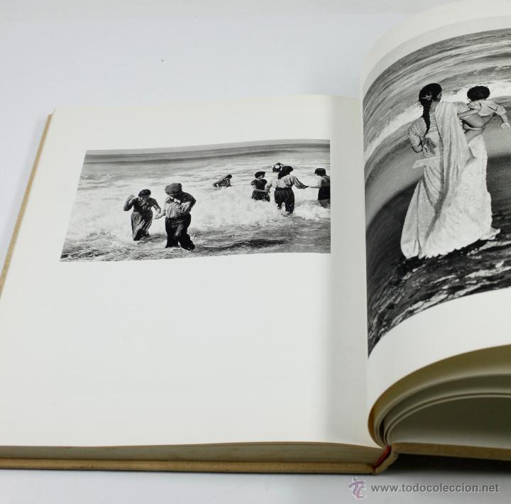 Libros antiguos: LA survivance, fotografías de edouard Boubat, mercure de france, 1976. 28x27 cm. - Foto 4 - 49112467