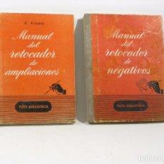 Libros antiguos: MANUAL DEL RETOCADOR DE NEGATIVOS Y AMPLIACIONES , LIBRO FOTOGRAFIA. Lote 103882315