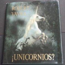 Libros antiguos: UNICORNIOS? - ROBERT VAVRA . EDITORIAL OLIVO - 1983. Lote 171478767
