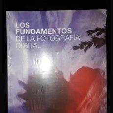 Libros antiguos: LOS FUNDAMENTOS DE LA FOTOGRAFÍA DIGITAL TIM DALY. Lote 148144646