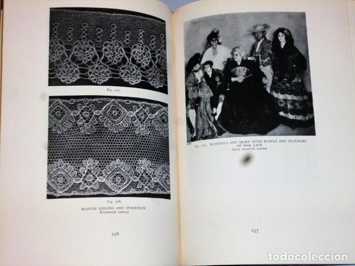 Libros antiguos: HISPANIC LACE AND LACE MAKING.(sobre el encaje español, con 432 ilustraciones) - Foto 7 - 166341302